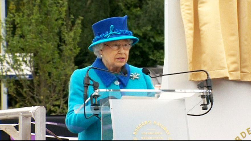 Szerény és rövid volt a királynő beszéde
