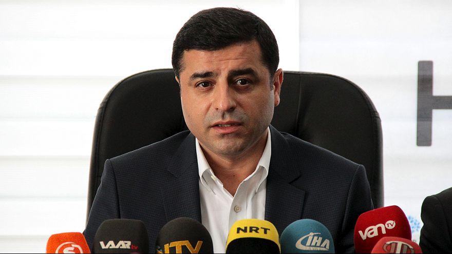Turquie : le principal parti pro-kurde met en garde contre les risques d'une guerre civile