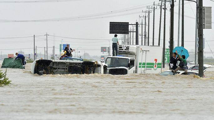 Tens of thousands stranded after Japan floods