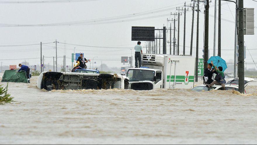 Giappone: il tifone Etau devasta il centro e l'est del paese con piogge torrenziali e gravissime inondazioni