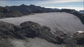 آب شدن یخچالهای طبیعی در ایتالیا