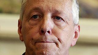 Β. Ιρλανδία: Παραιτήθηκε ο πρώτος υπουργός Πίτερ Ρόμπινσον