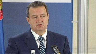 Sérvia: ministro dos negócios estrangeiros envolvido com criminoso em fuga