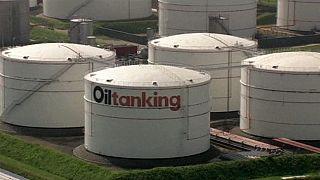 جولدمان ساكس تتوقع انخفاض النفط إلى 20 دولارا للبرميل العام المقبل