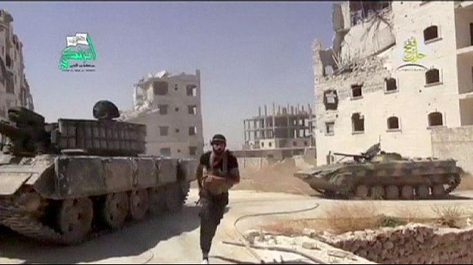 التدخل العسكري في سوريا قد يقلب الأوضاع لصالح التنظيمات المتطرفة