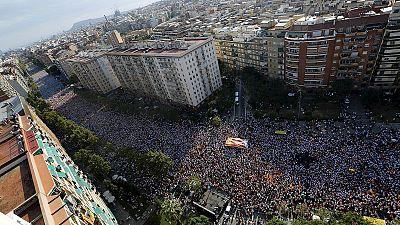 Barcelona: Zehntausende demonstrieren für Unabhängigkeit Kataloniens