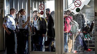 Rich Hungarian offers cash to help refugee children