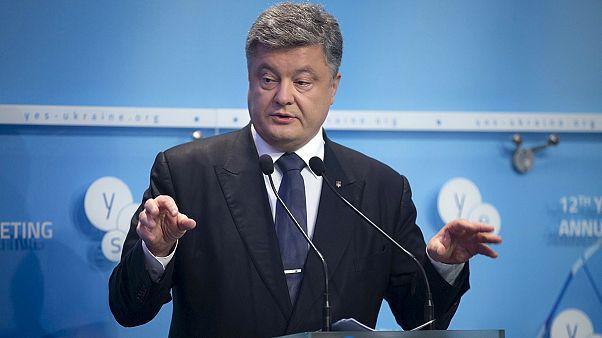 Porochenko vise un cessez-le-feu enfin durable en Ukraine