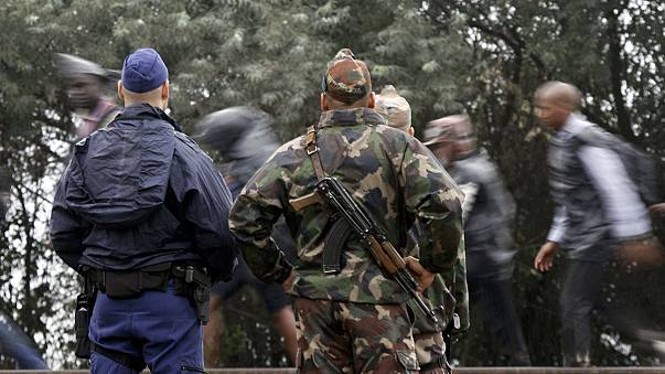 المجر ترسل تعزيزات من الجيش بالقرب من الحدود الصربية لمنع تدفق المهاجرين