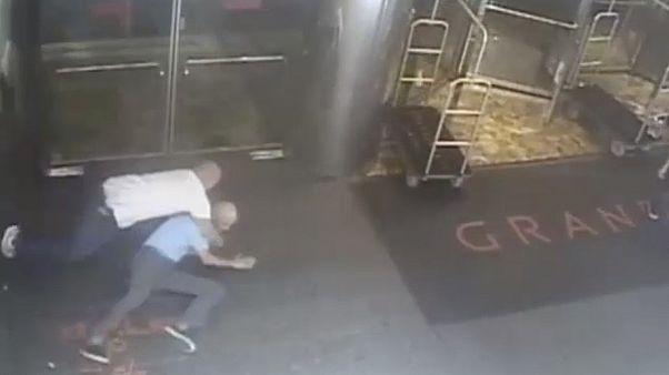 Στη δημοσιότητα το βίντεο της σύλληψης του τενίστα Τζέιμς Μπλέικ