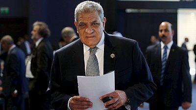 Egito: governo demite-se em bloco