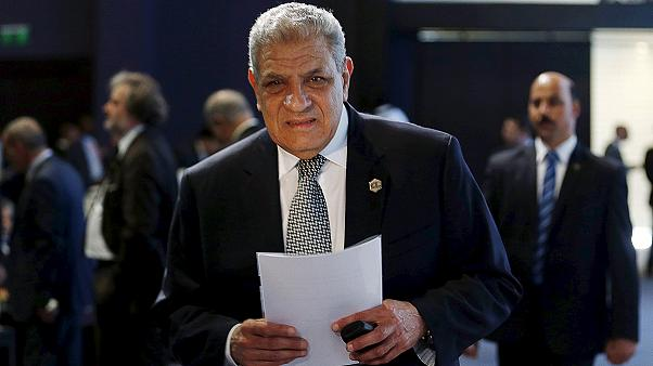 Egypt's government resigns as Ismail asked to form new cabinet