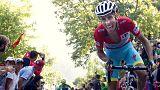 Fabio Aru greift nach dem Vuelta-Sieg