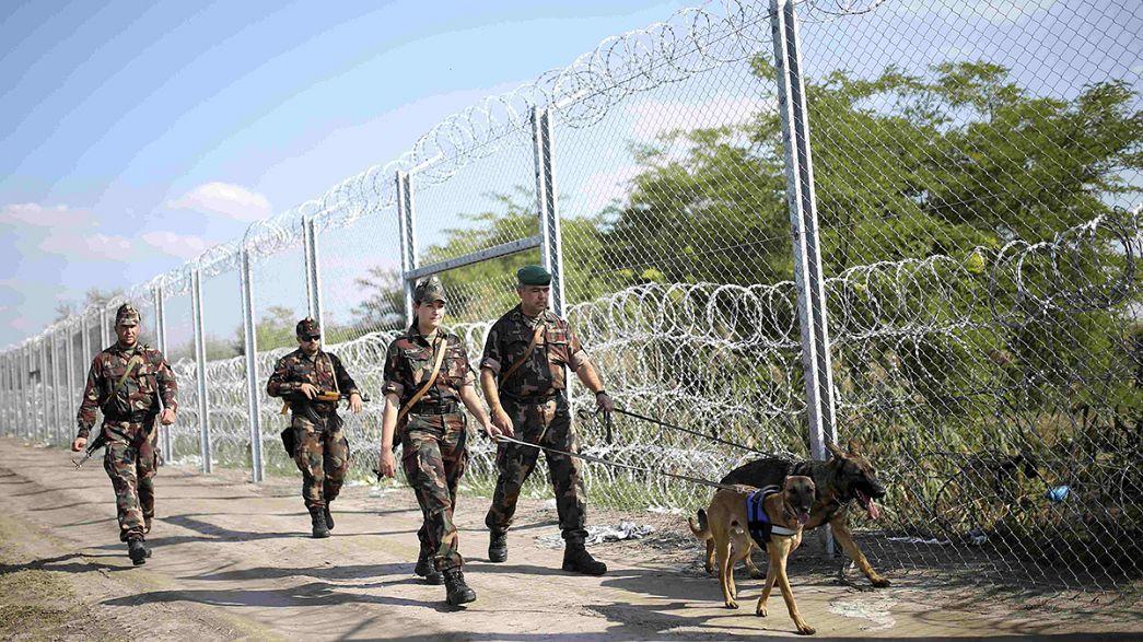 Refugiados apressam-se a passar a Hungria