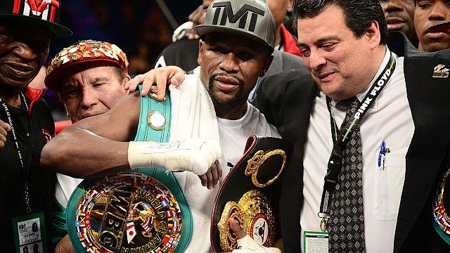 Veretlenül fejezte be bokszpályafutását Floyd Mayweather