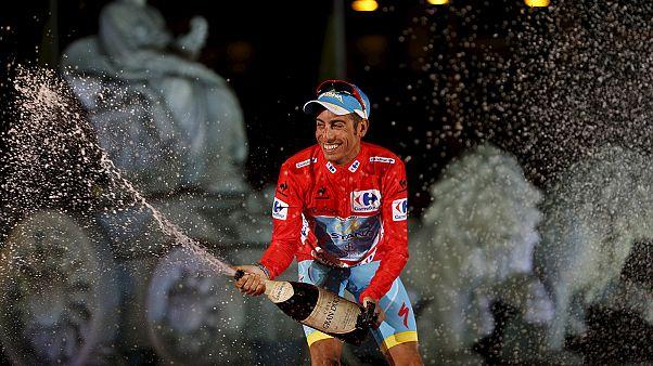 Vuelta 2015: Fabio Aru faz a festa em Madrid