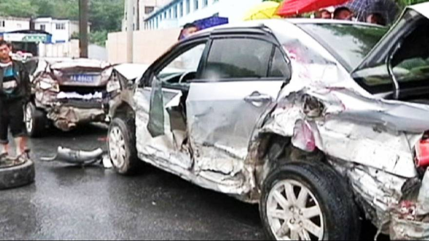 Truck ploughs into cars in China