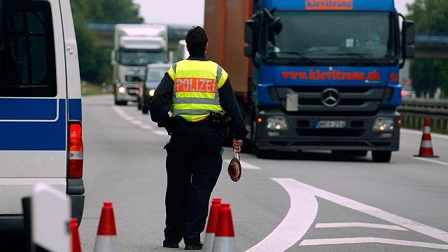 Almanya ve Avusturya sınır kontrollerini arttırıyor