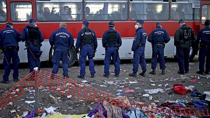 Rekordszámú menekült érkezhet Magyarországra hétfőn
