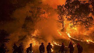 23 000 desplazados por los incendios en California