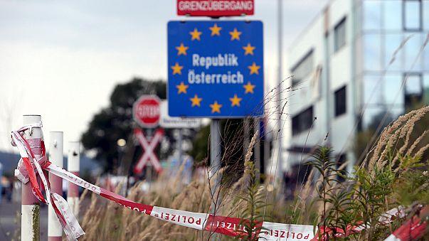 Kaotikus jelenetek a dél-német határokon