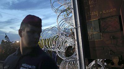 La Hongrie ferme ses frontières, au grand dam des demandeurs d'asile