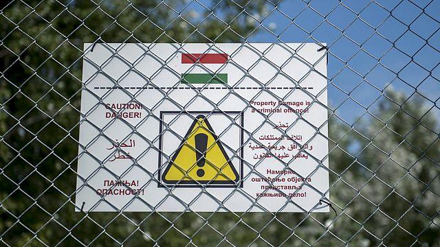 Kerítés épülhet a magyar-román határon is - az első nap az új bevándorlási törvénycsomaggal