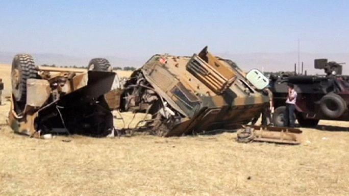 تركيا: إصابة 13 جنديا بعد انفجار قنبلة في إقليم موش
