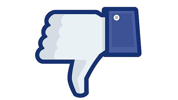"""Facebook considers """"dislike"""" button"""