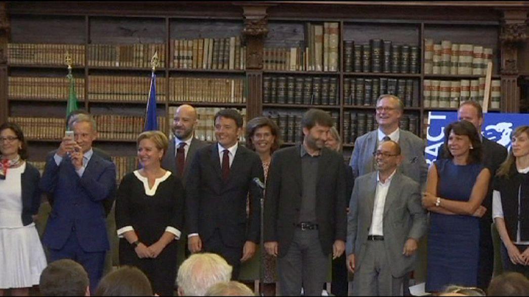 Renzi presenta alla stampa i 20 direttori dei musei nazionali