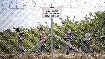 Refugees seek alternative 'Balkan' route into EU