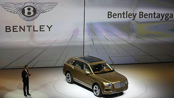 Automobile : les SUV de luxe, vedettes du salon de Francfort 2015