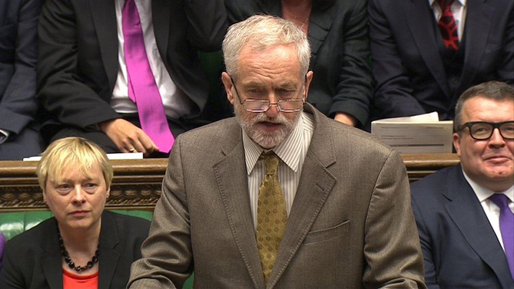 Jeremy Corbyn hace gala de su estilo en el Palacio de Westminster