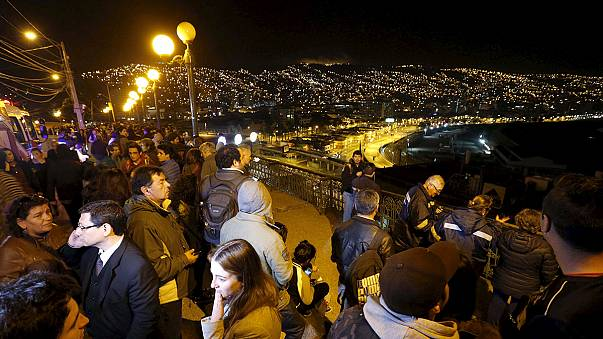 تحذيرات من مد بحري نتيجة سادس اقوى زلزال في تاريخ التشيلي