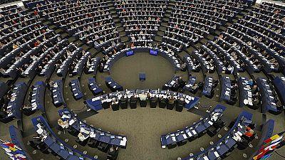 Parlamento Europeu aprova recolocação de mais 120 mil refugiados