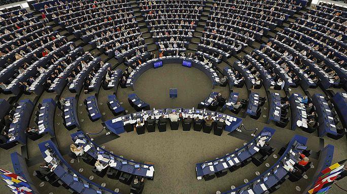 Европарламент одобрил распределение 120 тыс беженцев