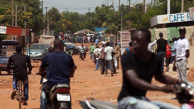 Burkina Faso'da demokrasiye büyük darbe