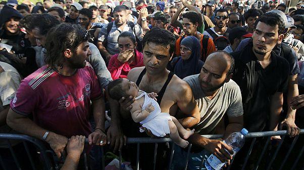 Göçmenlerin şimdi de Hırvatistan'a akın ediyor