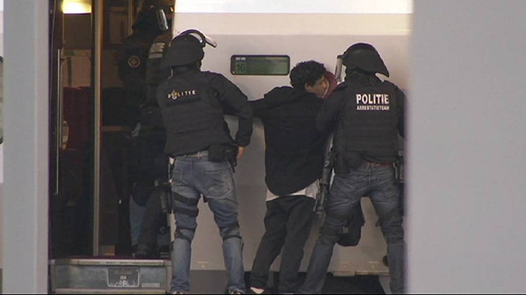 استنفار في روتردام بسبب رَفض مجهول الخروج من مرحاض قطار