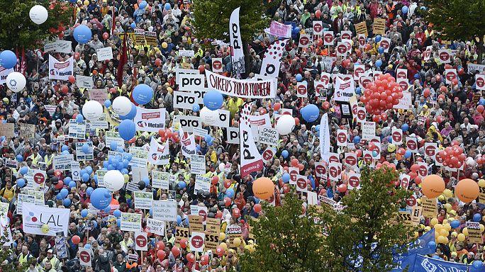 Általános sztrájk bénítja Finnországot, a megszorítások ellen tüntetnek