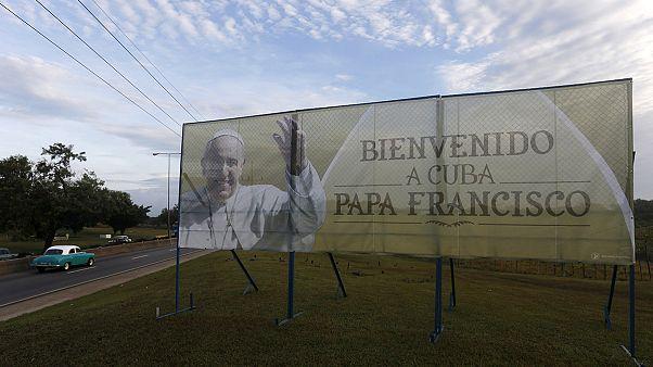Cuba engalanada para receber o papa Francisco