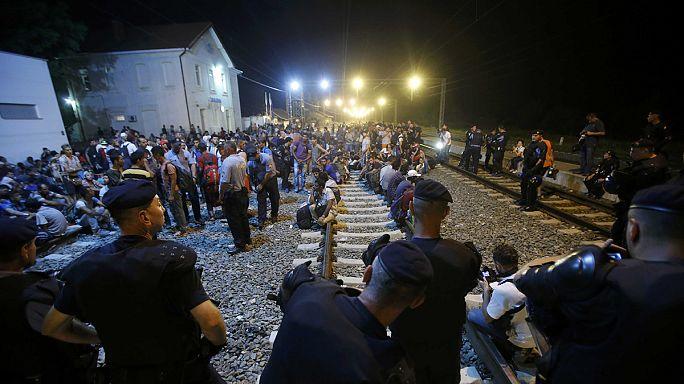 Negyven horvát rendőrt fegyvereztek le a magyar hatóságok a határnál