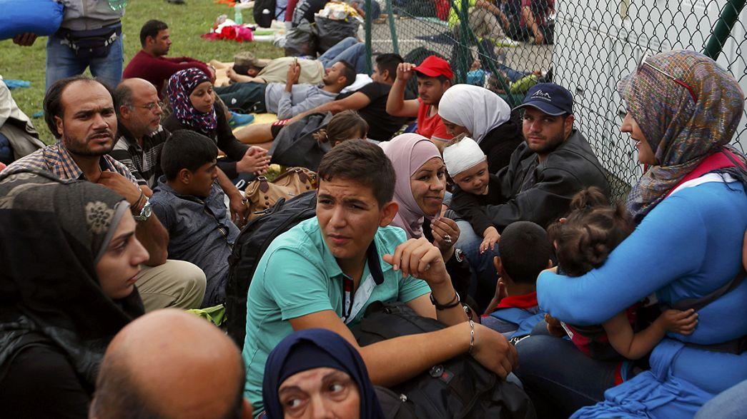 اللاجئون والمهاجرون عالقون عند الحدود بين كرواتيا وجيرانها