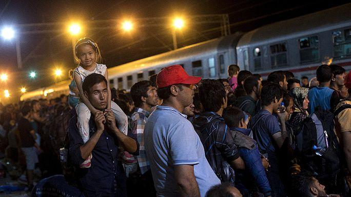 أزمة اللاجئين تقسم أوروبا والمجرتتهم كرواتيا بإنتهاك سيادتها