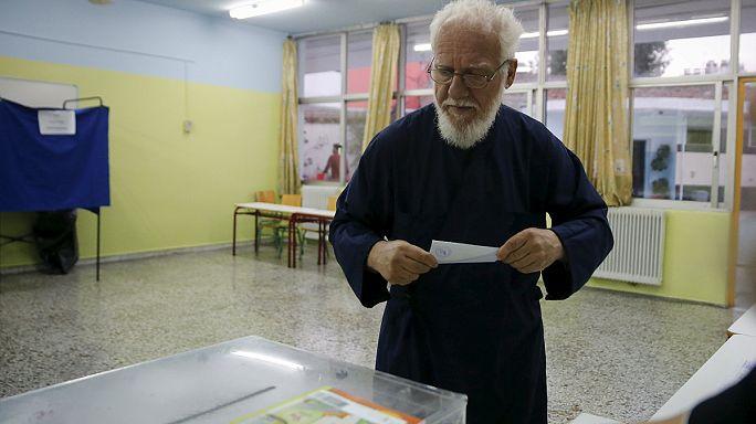 Yunanistan erken genel seçimler için sandık başında