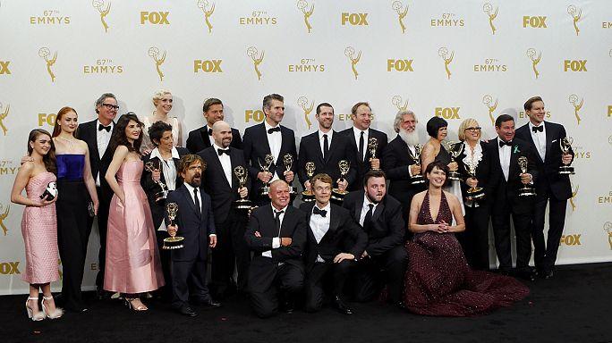 """""""Game of Thrones""""a 12 dalda Emmy Ödülü"""