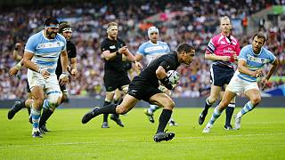 Rugby World Cup 2015: New Zealand labour to beat Argentina 26-16