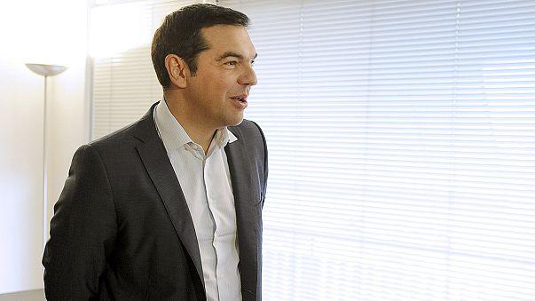 """Alexis Tsipras va """"continuer la lutte à l'intérieur comme à l'extérieur du pays"""""""