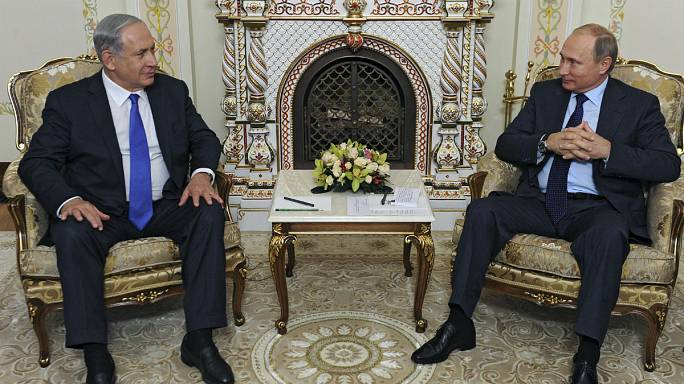 Netanyahu and Putin meet in Moscow to counter risk of air clashes over Syria