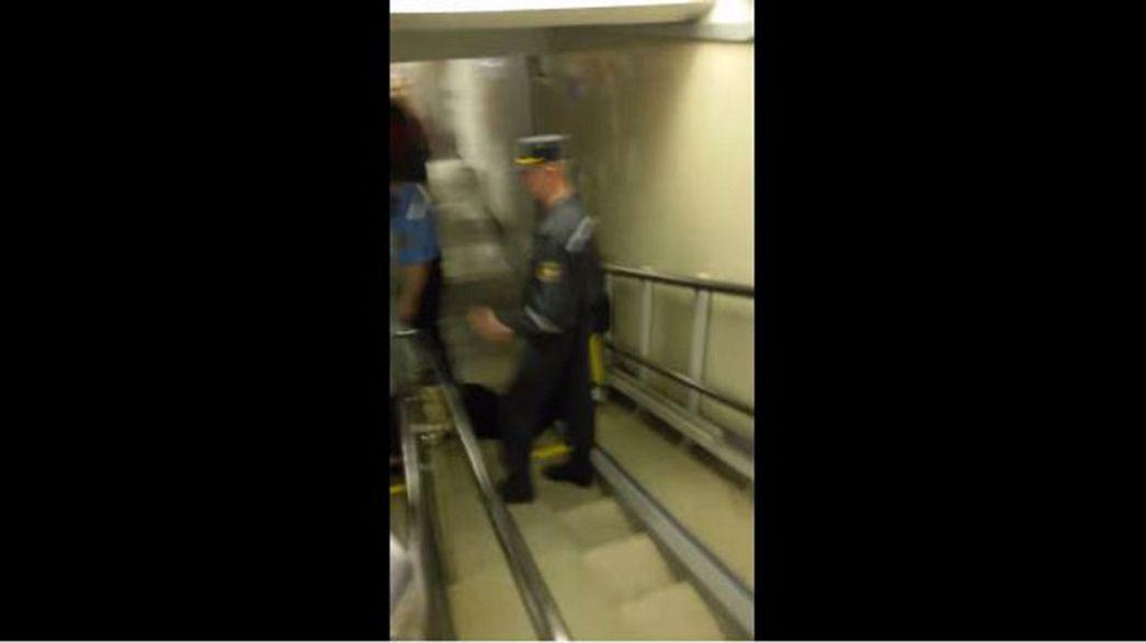 Minsk police drag blind man down stairs